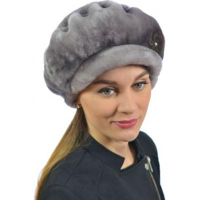 Женская шапка из мутона БМ 074в