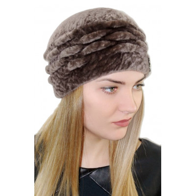 Женская меховая шапка МК 033