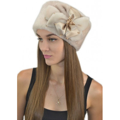 Женская шапка из мутона Б-074