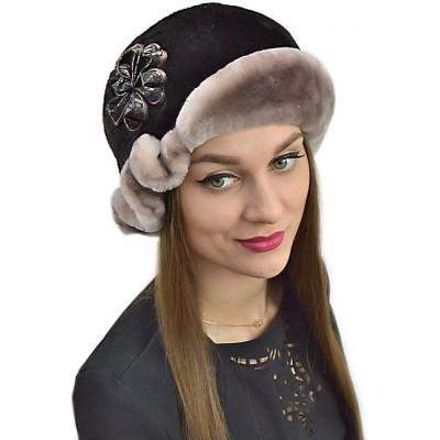 Женская шапка из мутона БМ 048а